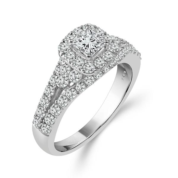 View Cien Amore Engagement Ring